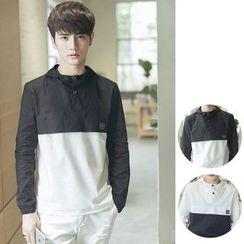 Chuoku - Color-Block Hooded Sweatshirt