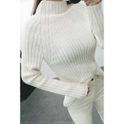 ATTYSTORY - Mock-Neck Rib-Knit Sweater