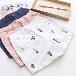 Vateddy - Embroidered Shorts
