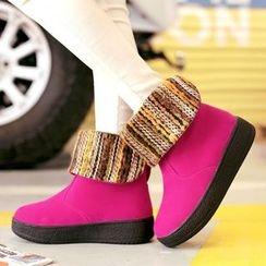 Sidewalk - 厚底短款雪靴