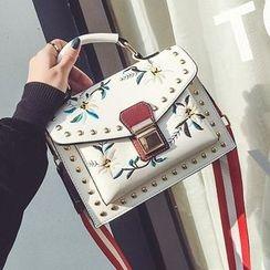 Youme - Flower Embroidered Shoulder Bag