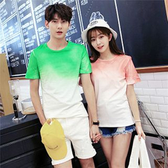 Azure - Couple Matching Gradient Short-Sleeve T-Shirt