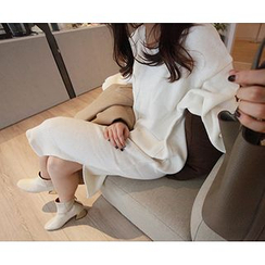 MARSHMALLOW - Seam-Front Knit Dress with Scarf