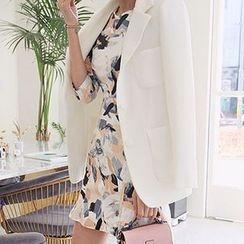 Seoul Fashion - Three-Button Blazer