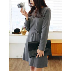 LOLOten - Belted Shift Dress