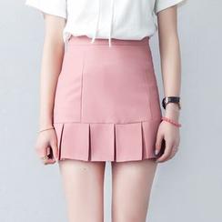 HotBlock - Pleated Hem High-Waist Mini Skirt