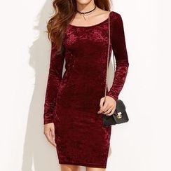 Dream a Dream - Long-Sleeve Velvet Sheath Dress
