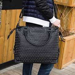 Yiku - Studded Shoulder Bag