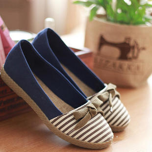 Sunsteps Bow-Accent Striped Espadrilles | YESSTYLE